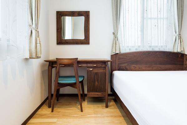 dresser&bed&side chest